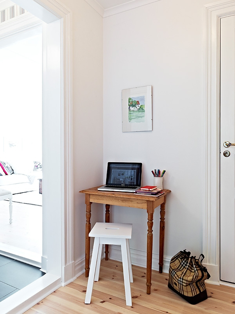 nordic-bliss-swedish-home-scandinavian-style-white-hall-way-home-office