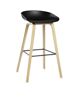 About Stool AAS32 Roble/Negro