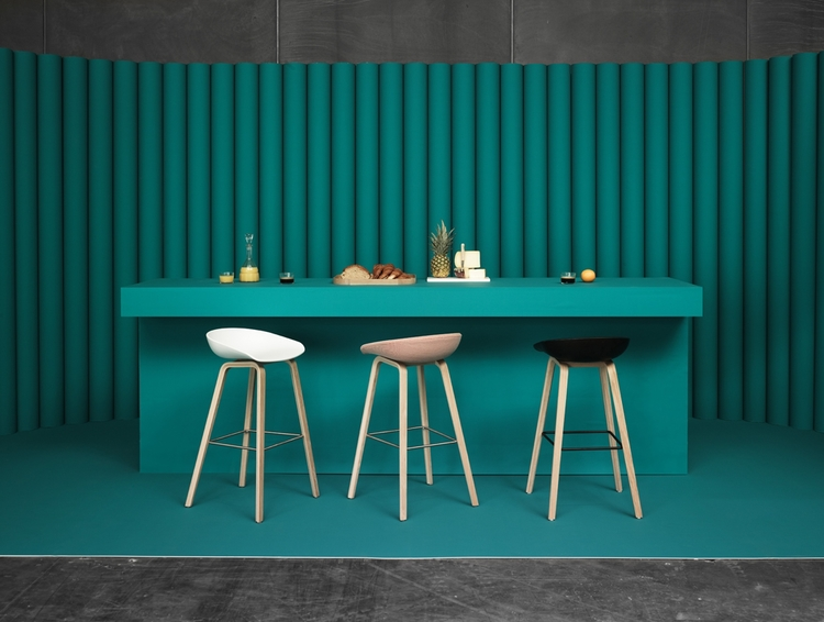 About Stool AAS32 Roble/Gris
