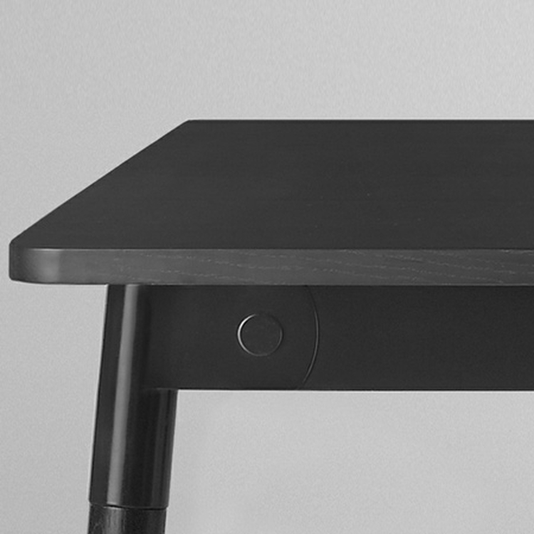 Mesa Adaptable Table Negro