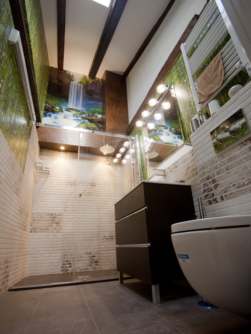 Bathroom mini apartment (34 m2)design in Madrid